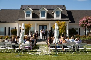 How to Have a Fabulous At Home Wedding Ceremony