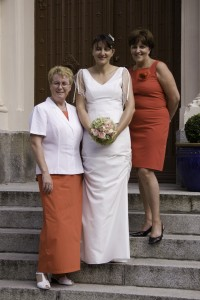 Coordinating the mother of the bride dresses and mother of the groom dresses